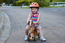 ГИБДД: Как обезопасить ребенка летом?