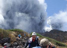 Вулкан Шивелуч отметился столбом пепла