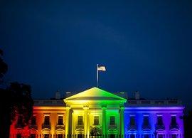 Подробнее о том, как Барак Обама 'хочет войти в историю за счет геев':