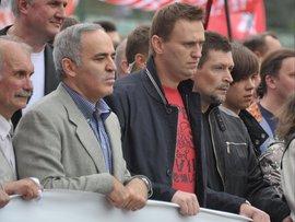 Российским оппозиционным лидерам Алексею Навальному, Илье Яшину, Гарри Каспарову Сергею Удальцову предстоит стать фигурантами уголовного дела