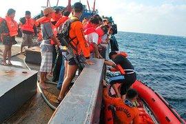 Список жертв крушения парома на Филиппинах продолжает расти