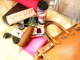 Женская сумочка: какие десять вещей обязательны?