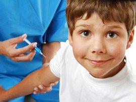 прививку от гриппа, кто переболел гриппом, с какого возраста детям нужно делать прививку от гриппа, прививку от гриппа ребенку, сделать прививку от гриппа