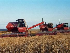 Бывший министр тракторного и сельскохозяйственного машиностроения СССР Александр Ежевский рассказал Pravda.Ru о том, почему России пора начинать вторую
