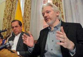 Белый дом не исключает подачи иска против Джулиана Ассанжа