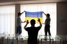 Сегодня Украина с Крымом и без дефолта выбирала бы президента...