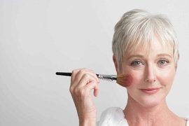 Правила антивозрастного макияжа глаз