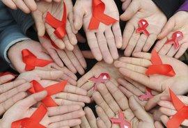 Зачем 'золотые детки' играют в СПИД-рулетку Видео